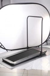Sétáló- futópad lehajtható kapaszkodóval